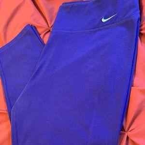 Nike Capri Dri Fit Legging